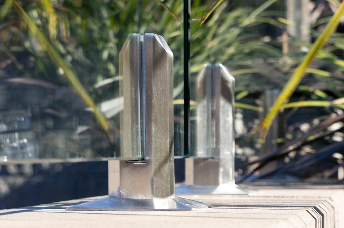 Glass Fencing With Polished Finish Spigots