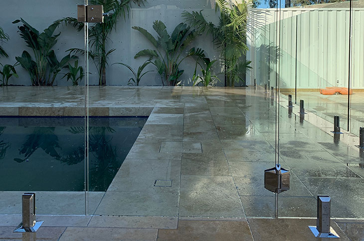 new-zero-edge-professional-glass-pool-fence-keilor-park