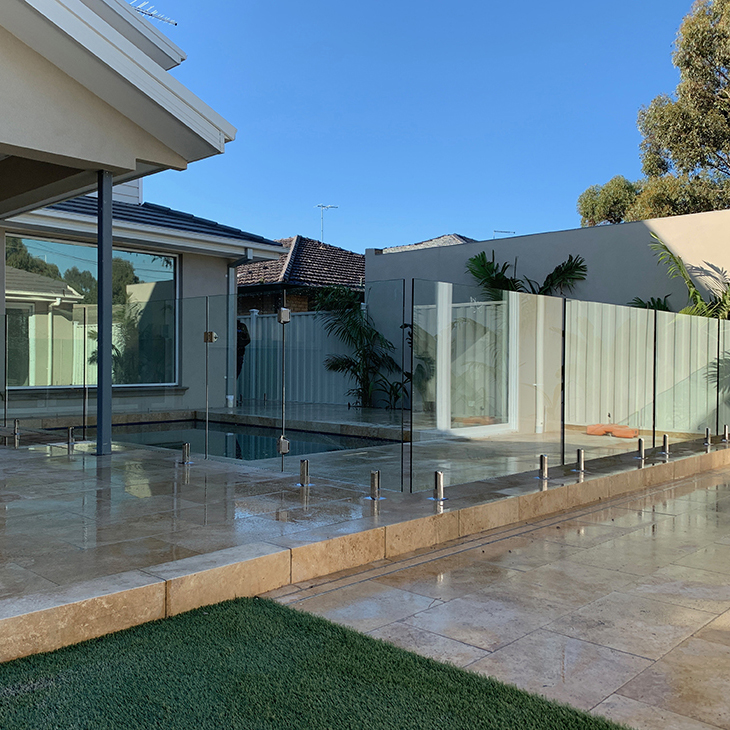 professional glass pool fence keilor park